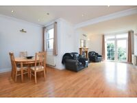 ** A beautiful newly refurbished Three bedroom apartment for rent in N12 **
