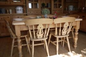 Solid waxed rustic farmhouse pine wood 6 seater table 6 fiddleback chairs