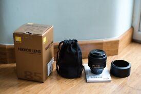 Nikon Nikkor AF-S 85mm F/1.8 G lens - complete