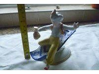 HOLLOHAZE Genie on a magic carpet ornament