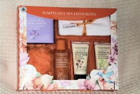 New Calcot Manor Gift Box, Sumptuous Spa Favourites, 6 Items, Histon