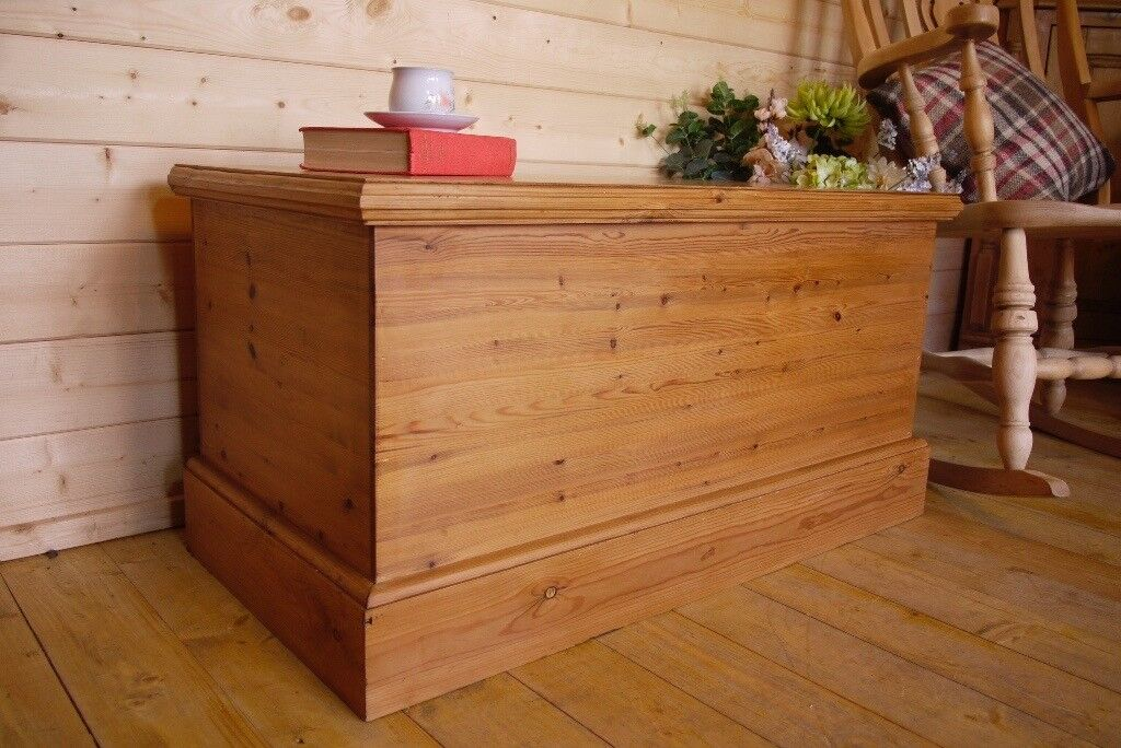 Wondrous Solid Waxed Pine Wood Chest Wooden Trunk Ottoman Storage Bench Box Coffee Table In Selby North Yorkshire Gumtree Machost Co Dining Chair Design Ideas Machostcouk