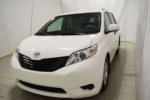 2014 Toyota Sienna 7 Passagers, Roues en Alliage, Camera Retrovi