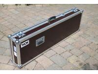 Thon Keyboard Case Yamaha P-140 - as new