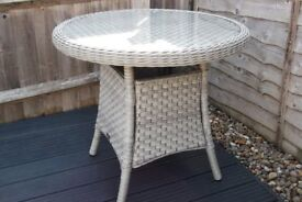 Ratten small Bistro table