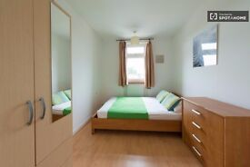 5 gorgeous rooms to rent in Tower Hamlets