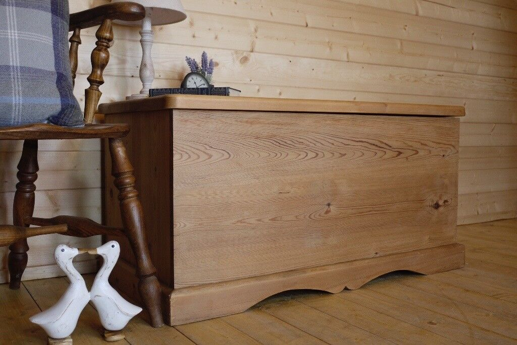 Fabulous Solid Waxed Pine Wood Chest Wooden Trunk Ottoman Storage Bench Box Coffee Table In Selby North Yorkshire Gumtree Machost Co Dining Chair Design Ideas Machostcouk