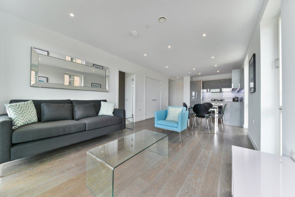 $STUNNING LUXERIOUS 1 BED FLAT TO RENT IN