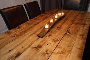 Tables DIRECTEMENT de L'ARTISAN  --- mots clés :Table de cuisine, conférence, Kitchen table carrée, bois de grange