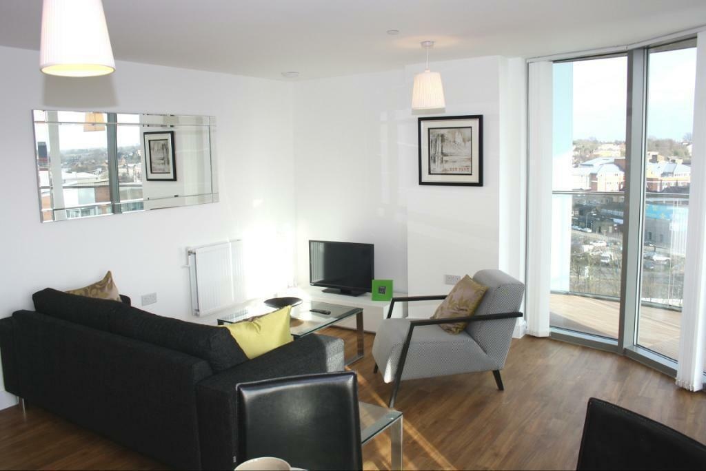 Stunning 2 Bedroom Flat In Renaissance Sienna Alto Lewisham Se13 18th Floor Call Now