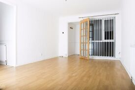 2 bedroom flat to rent (Southfied Lea, Cramlington). Newly refurbished. £ 395 pcm. No agent's fees.