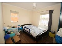 VIEWINGS ADVISED, 2 double bedroom with large roof terrace !!!