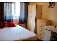 Beautiful double room in Mile End, 2 weeks deposit, no fees