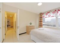 LARGE 2 BED MOMENTS AWAY FROM HYDE PARK!!!