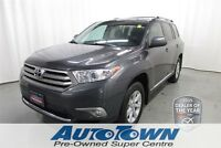 2013 Toyota Highlander LE*SAVE an extra $1000 when financed OAC*