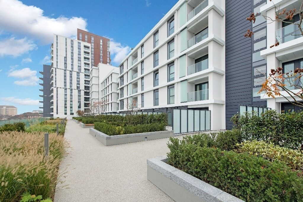 Be the first to experience this amazing 2 bed 2 bath flat in Nine Elms