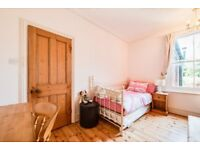 Two Excellent Rooms Available in Lovely House, Suitable for Mature Postgrad / Professional