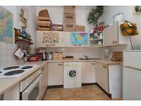 BEATTY ST, N16: 1 DOUBLE BEDROOM FLAT, LOVELY PRIVATE GARDEN, OPEN PLAN KITCHEN AND RECEPTION,