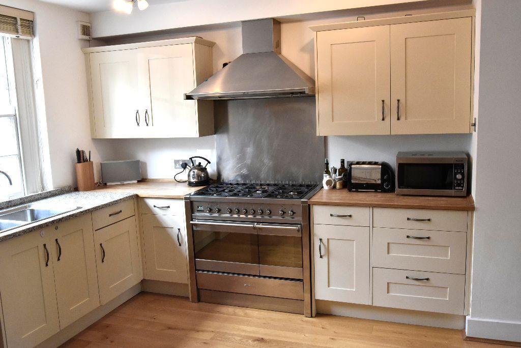 Complete Bespoke Andrew Macintosh Kitchen W Solid Wood