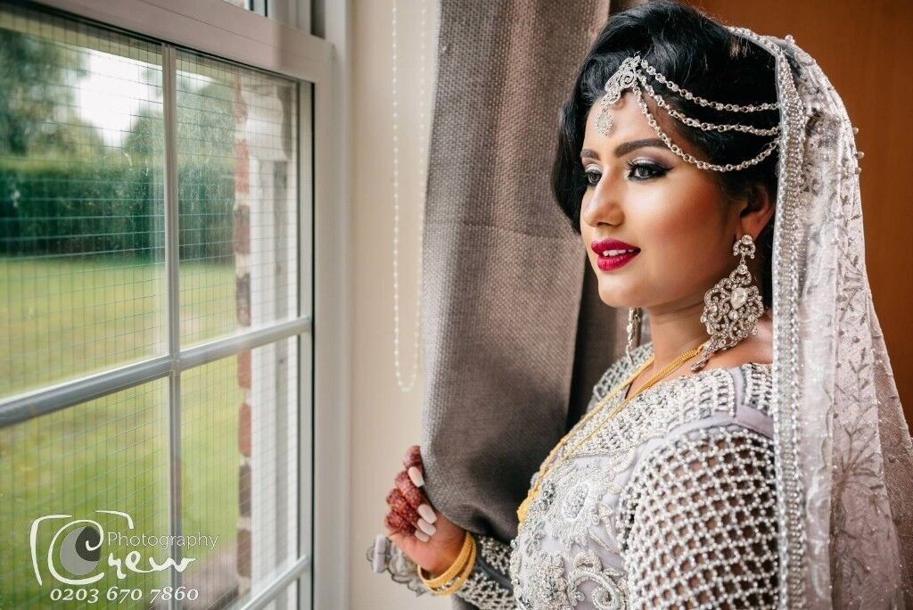 Female Lady Wedding Photographer Videographer London Manor Park Photography Videography Asian Video