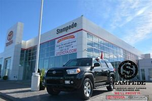 2013 Toyota 4Runner Upgrade w/Leather, Sunroof and Navigation