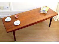 Stylish Vintage 'Vanson' Walnut Danish style coffee table. Delivery. Modern / midcentury.