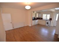 BEAUTIFUL 2 BED HOUSE IN A PRIME LOCATION - BRAND NEW KITCHEN AND BATHROOM -