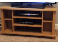 Corner oak-effect TV stand/TV unit