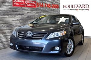 2011 Toyota CAMRY TOIT OUVRANT 4CYL. XLE CUIR BAS KM