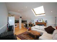 TOP FLOOR CONVERSION - 2 DOUBLE BEDROOMS - BRAND NEW BATHROOM - COMMUNAL GARDEN - STREATHAM HILL