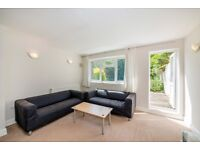Spacious THREE DOUBLE BEDROOM flat with PATIO - St Saviours Road, Brixton, London SW2
