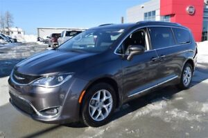 2017 Chrysler Pacifica Touring+8 passagers+DVD+cuir