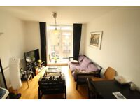 2 double bed flat, just off Brick lane, furnished, balcony, walk to the City & various tube stations