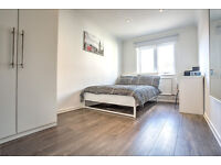 Lovely, light and large double room in newly refurbished apartment!