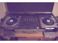 Pioneer cdj 800 mk2 pair and djm 600 mixer, good condition