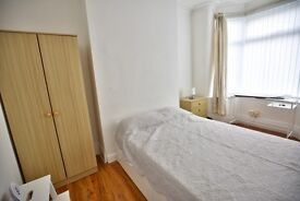 Newly refurbished rooms to rent in TS1