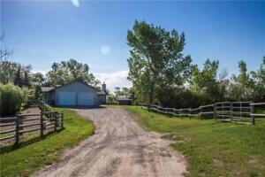 200 258116 48 ST E Rural Foothills M.D., Alberta