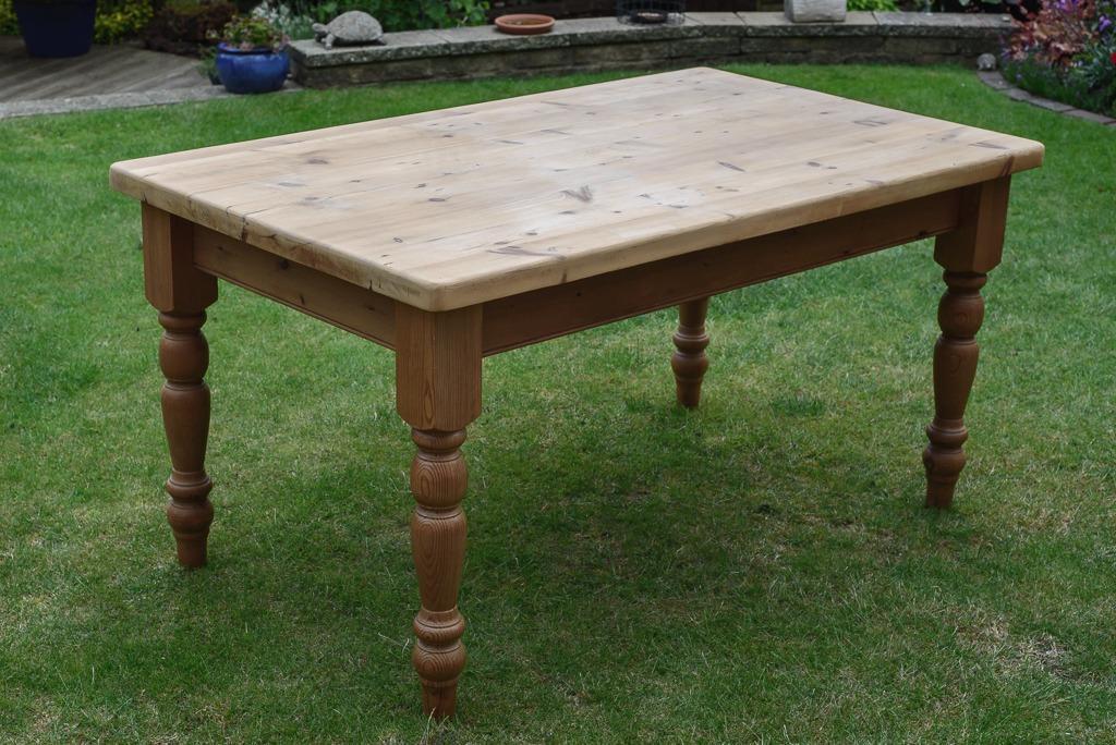 Rustic Reclaimed Pine Table 5 x 3 in Berkhamsted  : 86 from www.gumtree.com size 1024 x 684 jpeg 124kB