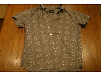 Cedar Wood State Mens Short Sleeved Shirt Medium (Grey/Bird Pattern)