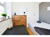 Double room available in a modern, clean flat in Camden Town!