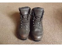 Gore-tex Berghaus Explorer Ridge GTX Hiking Boots