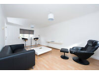 Lively and luxury one bedroomed apartment ideally located in the gated and secured Kings court N1.