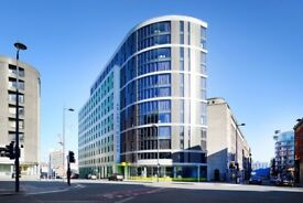 Premium En-Suite Room, in a 6 bed flat on the 8th Floor. Priced at £136 p/w