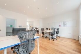 6 desks available now from £400.00