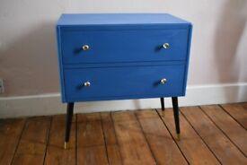 Small retro set of drawers