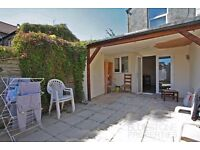 Great [4 Bed] property close to Tube. 4 Double bedrooms. Large Kitchen/diner + Garden. SW17