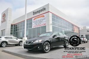 2012 Lexus IS 250 AWD w/Leather and Sunroof!!!