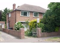 Large 4 bed house suitable for post grad or professional sharers in residential road in W Chesterton