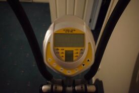 VB cross trainer Gold's Gym with Heart Monitor
