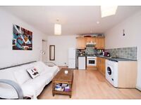 ***NEW TO THE MARKET - 2 DOUBLE BEDROOM APARTMENT LOCATED IN THE HEART OF CLAPHAM***